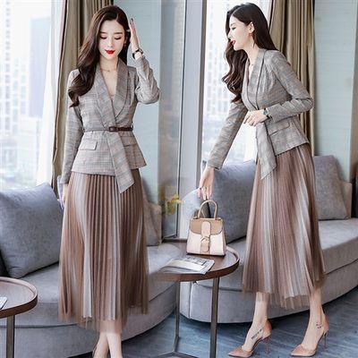 套装/套裙2019年春款新品时尚气质西装外套百褶半身裙两件套