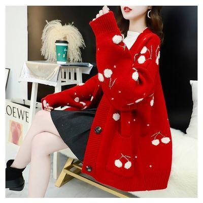慵懒风车厘子毛衣开衫女宽松新款春装厚红色针织外套大码女装外穿