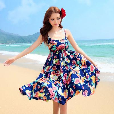 八片大摆拼接连衣裙女夏季新款海边度假碎花大摆沙滩裙吊带短裙子