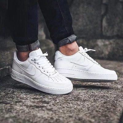 男鞋空军_一号运动鞋女鞋低帮纯白高帮小麦色休闲板鞋
