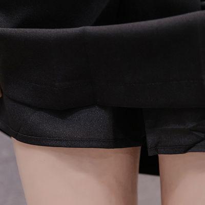 百搭半身百褶裙,不对称的款式让人眼前一亮 【尺寸建议】S码建议【85-95】斤 M码 建议【96-105】斤 L码 建议【106-115】斤 XL码 建议【116-125】斤 2XL 码 建议 【126-135】斤