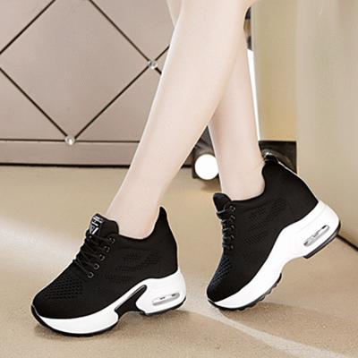 内增高运动鞋女10cm网面网鞋2020春季新款韩版百搭显瘦黑色旅游鞋
