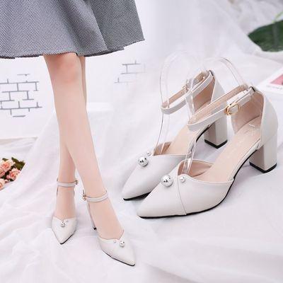 新款女鞋尖头高跟鞋女粗跟韩版百搭中空一字扣带凉鞋女中跟单鞋女