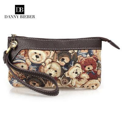 品牌手拿包女士新款小熊包帆布织花复古大容量手抓包零钱包手机包