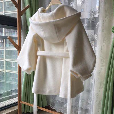 白色毛呢外套女短款小个子连帽呢子大衣女收腰韩版宽松秋冬外套