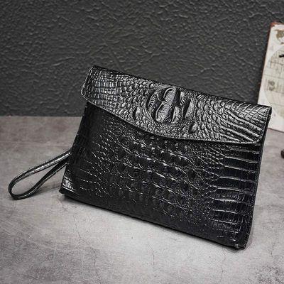 真皮鳄鱼纹信封手拿包女2020新款韩版大容量商务时尚单肩斜挎包潮