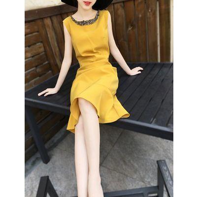 酷派客2020夏季女装新款韩版潮黄色无袖领口钉珠圆领气质连衣裙女