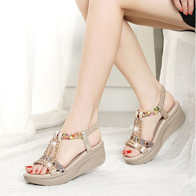 红蜻蜒坡跟凉鞋女新款水钻女士时尚百搭松糕厚底仙波西米亚沙滩鞋