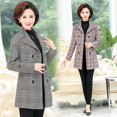 中年妇女妈妈装新款外套风衣中长款中老年女春秋大码格子洋气上衣