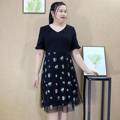 加肥加大码女装夏装新款胖妹妹遮肉裙胖mm时尚绣花拼接显瘦连衣裙