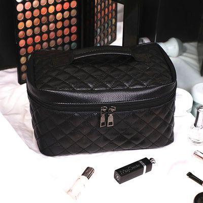 化妆包绣线菱格防水大容量个性高档化妆品收纳包套纯黑旅行化妆袋