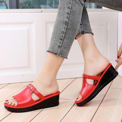 拖鞋女新款高跟一字拖学生休闲厚底坡跟凉拖防水台松糕底女士拖鞋