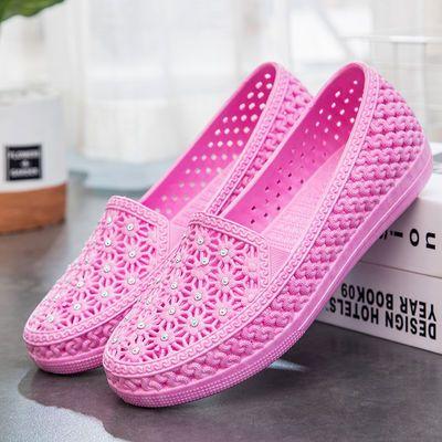 夏季镂空包头凉鞋洞洞鞋女休闲平底小白鞋防滑妈妈鞋护士鞋沙滩鞋