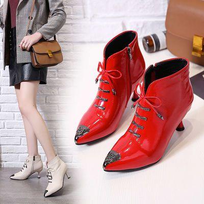 欧美裸靴女尖头细跟短靴女中跟2020秋冬新款粗跟金属头加绒高跟鞋