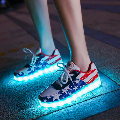 防水韩版充电七彩发光鞋情侣街舞鬼步鞋男女夜光荧光鞋学生亮灯鞋