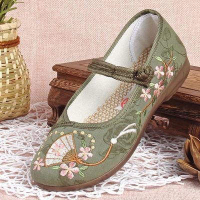 女士老北京布鞋春季2020民族风绣花鞋女妈妈软底舒适中年休闲帆布