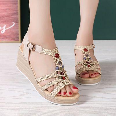 红蜻蜒新款坡跟凉鞋女夏百搭舒适民族风旅游沙滩串珠厚底女士凉鞋