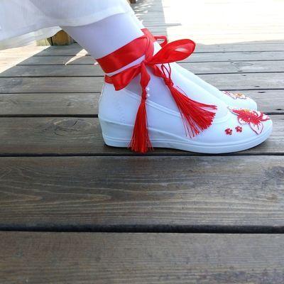 古风汉服鞋子女搭配古装学生舞蹈白色帆布鞋刺绣坡跟cos