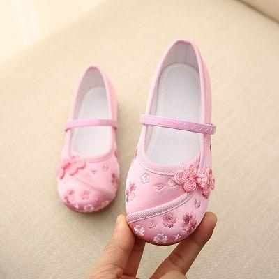 新款老北京儿童布鞋女童绣花鞋复古汉服鞋民族风学生舞蹈表演出鞋