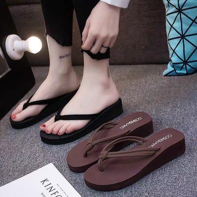 人字拖女夏外穿韩版时尚家用防滑网红坡跟海边旅游沙滩拖凉拖鞋女