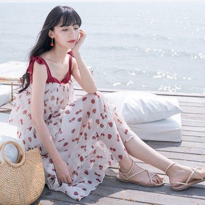 夏季2019新款小清新甜症状草莓印花蛋糕裙中长款修身吊带连衣裙女