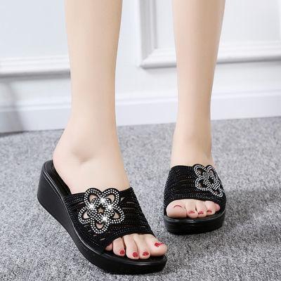 拖鞋女夏季2020新款外穿防滑坡跟厚底时尚百搭水钻一字女士凉拖鞋