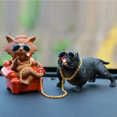 创意汽车摆件社会狗恶霸犬摇头车内用品公仔个性车上装饰品香水座