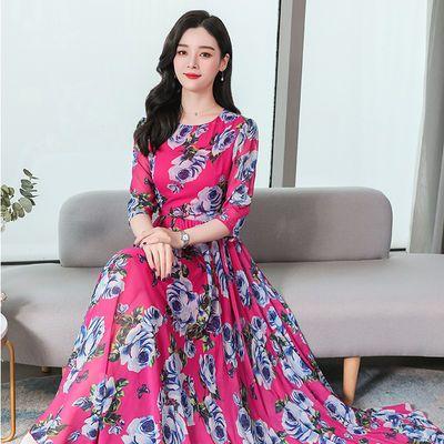 2020春夏新款圆领玫瑰印花名媛气质中袖显瘦高贵连衣裙