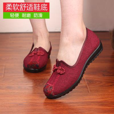 老北京布鞋女春秋新款中老年人舒适透气妈妈单鞋软底防滑奶奶布鞋