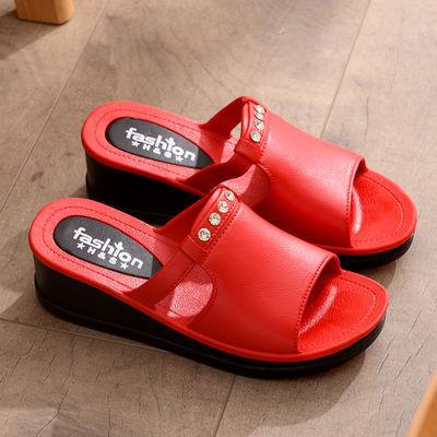 拖鞋女外穿厚底坡跟凉拖鞋高跟百搭防滑软底家居时尚女士沙滩鞋