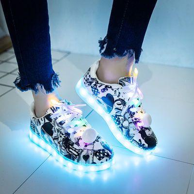 新款发光鬼步鞋男韩版USB充电荧光鬼步舞鞋男防水led灯鞋夜光发光