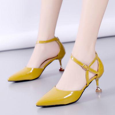 新款新品韩版2019夏新款尖头漆皮细跟高跟凉鞋中跟包头一字扣性感