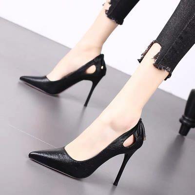 2020春季新款高跟鞋女细跟尖头浅口单鞋百搭镂空性感一字扣新娘鞋