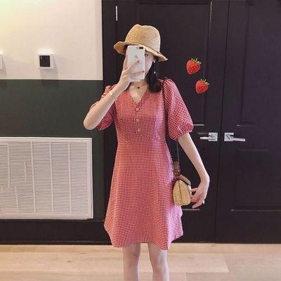 红色格子连衣裙女2020夏季韩版V领A字高腰收腰显瘦小清新复古裙子