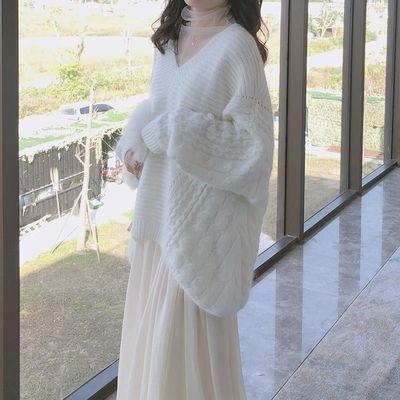 蝙蝠袖v领毛衣女宽松慵懒风2020春秋装新款网红百搭中长款针织衫