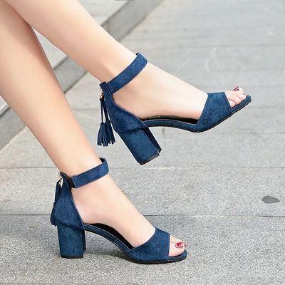 凉鞋女ins潮绒面粗跟女鞋中跟高跟一字流苏鱼嘴后拉链时装40码34
