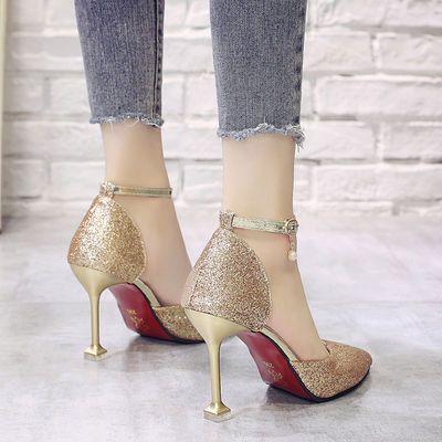 凉鞋女夏2020新款猫跟尖头少女高跟鞋细跟一字扣亮片银色女鞋百搭