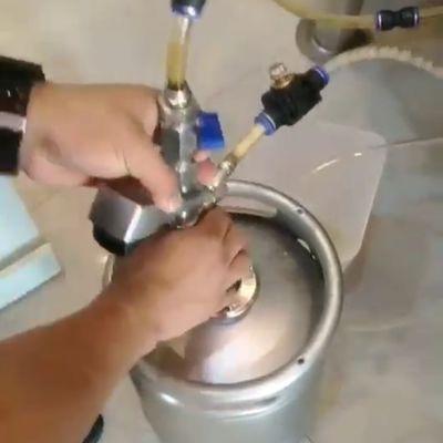 精酿啤酒周转桶扎啤桶啤酒桶注酒器等压灌装器消泡器
