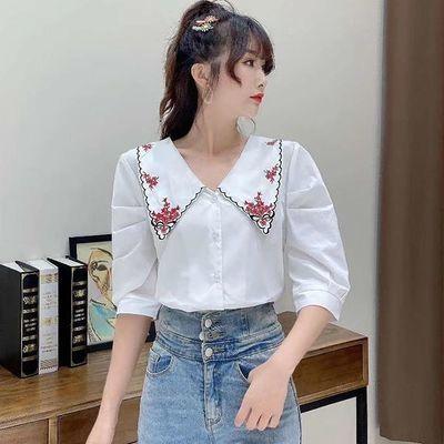 2020夏季新款韩版白色短款衬衫女气质复古刺绣泡泡袖短袖宽松上衣