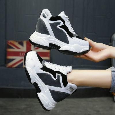 黑白色运动鞋女春秋2020新款韩版内增高女鞋10厘米软底休闲旅游鞋