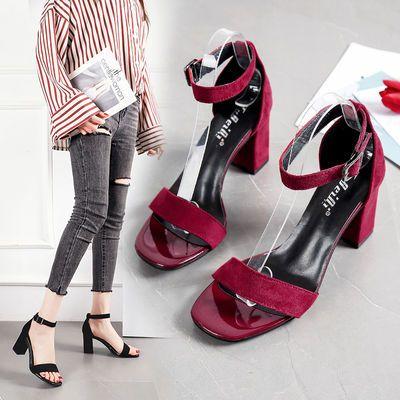 一字扣带凉鞋女2020新款夏季仙女风百搭粗跟罗马女鞋时装高跟鞋潮
