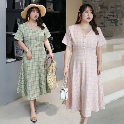 加肥加大大码女装2020夏季新款遮肉显瘦200斤胖MM减龄格子连衣裙【7月13日发完】