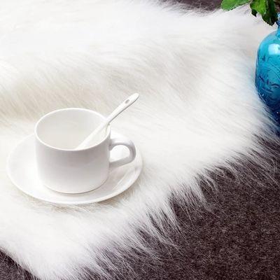 拍照道具ins毛毯白色长毛绒布地毯网红美妆饰品摆件装饰品背景布