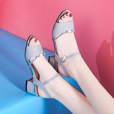 盾狐凉鞋新款女夏季一字扣韩版百搭chic粗跟高跟软妹露趾821-2