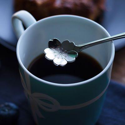 网红樱花勺个性创意可爱短柄搅拌勺不锈钢花朵勺咖啡勺甜品儿童勺