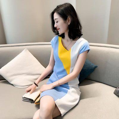欧洲站女夏季新款欧货潮韩版修身显瘦时尚拼色设计感v领连衣裙女