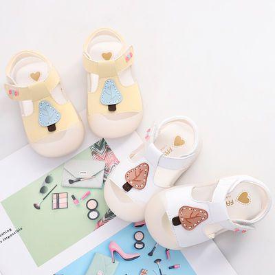 夏季新款0-1-3岁女宝宝凉鞋6-12个月软底防滑婴儿学步鞋包头不掉2