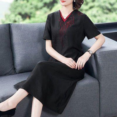 香云纱真丝连衣裙女2020夏季新款高端刺绣桑蚕丝妈妈装中长款裙子