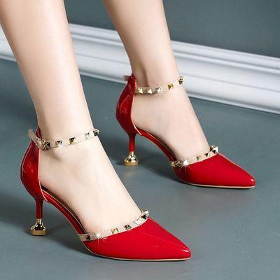 高跟凉鞋女2020新款铆钉中空一字扣爱心细跟尖头性感浅口单鞋女
