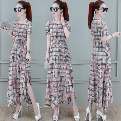 气质连衣裙女装2020夏季新款收腰显瘦裙子洋气典雅格子不规则长裙